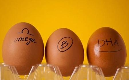 Ăn trứng gà omega-3 thay trứng gà thường 1