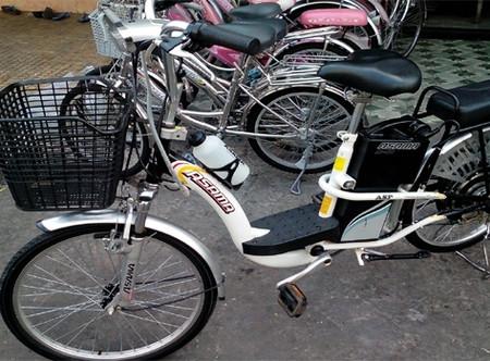 """Cũng cần có biện pháp quản lý xe đạp điện, tránh tình trạng """"cơn lốc xe máy Trung Quốc"""" chất lượng kém tràn sang nước ta gây ùn tắc, mất ATGT như nhiều năm trước."""