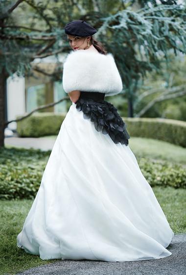 Áo khoác cho cô dâu những ngày rét đậm 5