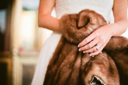 Áo khoác cho cô dâu những ngày rét đậm 7