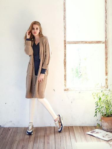 2. Áo khoác len nữ 1