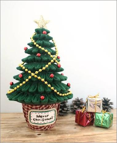 Làm cây thông Noel thật dễ 1