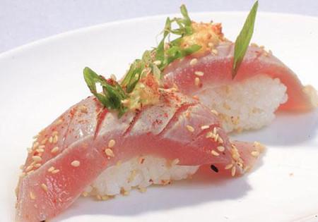 2. Ăn quá nhiều cá ngừ 1