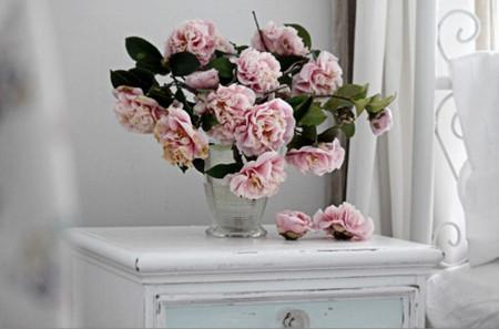 Mang sự lãng mạn đến không gian nhà bạn với cách cắm hoa độc đáo 12