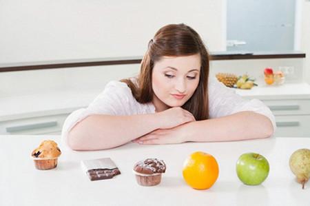 Nếu chúng ta cắt giảm chất béo và các thực phẩm chứa chất béo trong thực đơn hàng ngày thì liệu có ảnh hưởng gì đến sức khoẻ hay không?