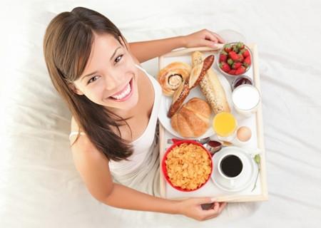 3. Không cắt giảm lượng thực phẩm ăn hàng ngày 1