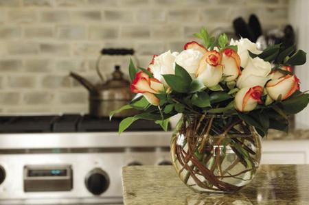 Mang sự lãng mạn đến không gian nhà bạn với cách cắm hoa độc đáo 5