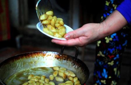 Bánh quả nhót thật ngon trong ngày tết Hàn Thực