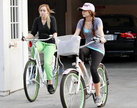 1. Đi xe đạp hàng ngày 1