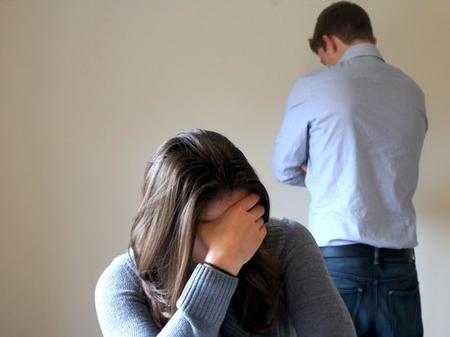 Tôi có nên ly hôn người chồng dối trá?