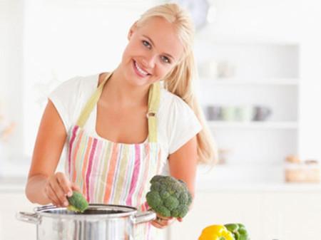Không nên thay thế bữa ăn bằng các thực phẩm chứa nhiều nước 1