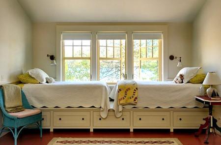 Biến gầm giường thành không gian lưu trữ đồ 7