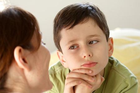 Dù em có thay vị trí 1 người cha thì trong lòng con vẫn thiếu lắm tình yêu thương, sự ân cần của người đàn ông trong gia đình...