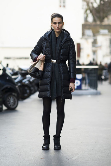 2. Sử dụng thắt lưng ngang eo khi mặc áo khoác 1