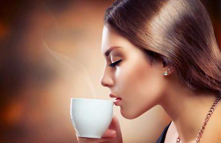 Uống cà phê đúng cách giúp bạn giảm cân hiệu quả.