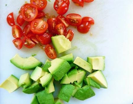 6. Cà chua và bơ 1