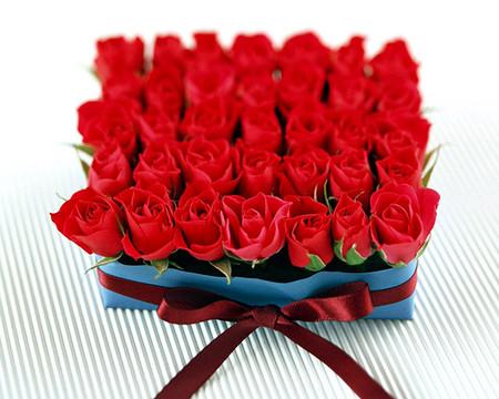 Những mẫu lẵng hoa hồng đẹp lung linh tặng nàng nhân ngày 20/10 2
