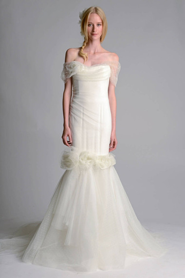 Váy cưới dáng dài 1