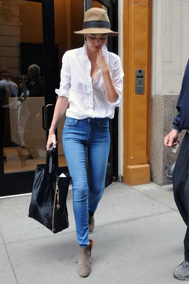 Phong cách thoải mái khi kết hợp với quần jean 1