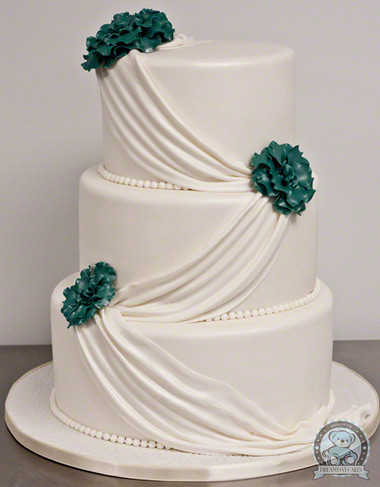 Những mẫu bánh cưới hấp dẫn các cặp đôi trong đám cưới Thu Đông 2014 15