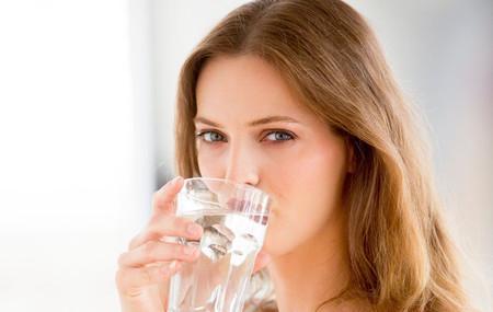 Bước 2: Cung cấp đủ nước cho làn da 1