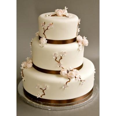 Những mẫu bánh cưới hấp dẫn các cặp đôi trong đám cưới Thu Đông 2014 3