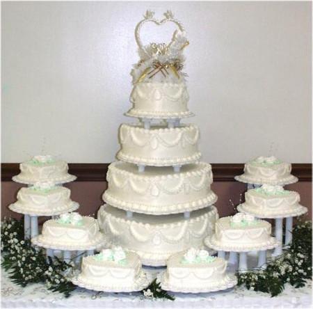 Những mẫu bánh cưới hấp dẫn các cặp đôi trong đám cưới Thu Đông 2014 5