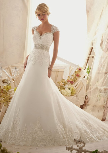 Váy cưới dáng dài 8