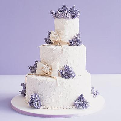 Những mẫu bánh cưới hấp dẫn các cặp đôi trong đám cưới Thu Đông 2014 8