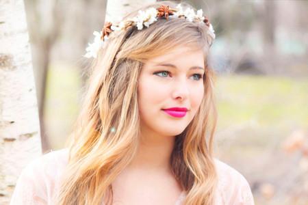 Những kiểu tóc dài cho cô dâu thêm rạng rỡ 4