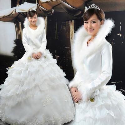Áo khoác lông cho cô dâu thêm ấm áp trong mùa đông 2