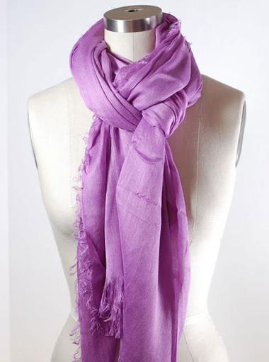 Điệu đà, nữ tính trong những ngày đông lạnh với khăn quàng cổ 7