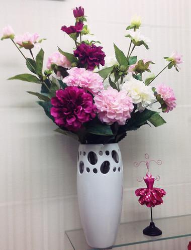 Phòng khách thêm rực rỡ với hoa thược dược - hoa của mùa Đông 9