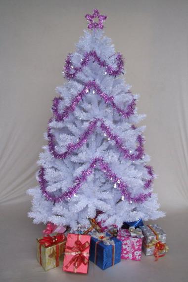 Chọn cây thông trang trí đón mừng Giáng sinh 11