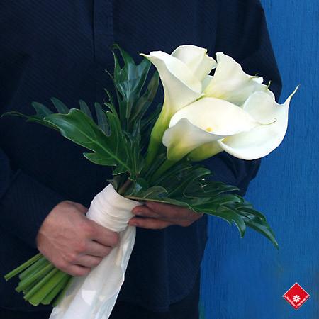 Vẻ đẹp thanh khiết của hoa Rum cho cô dâu đẹp rạng ngời trong ngày cưới 10