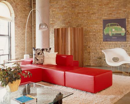 Phòng khách mùa đông ấm áp với gam màu đỏ 8