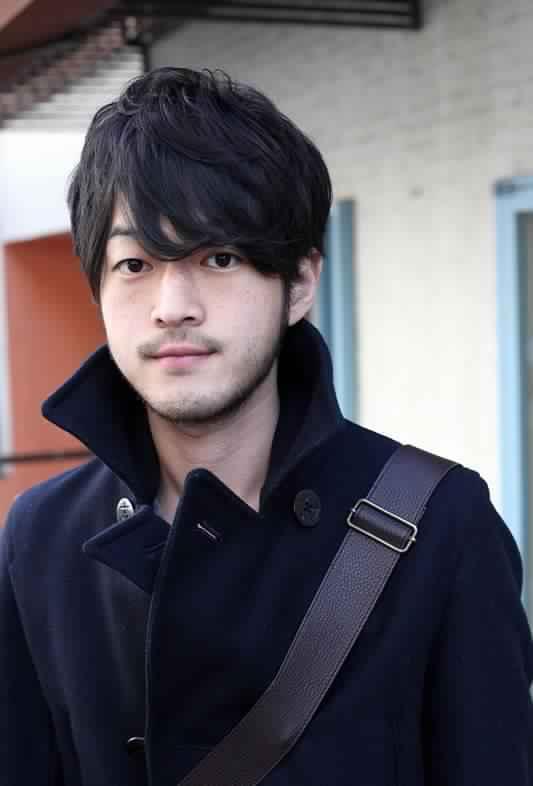 Những kiểu tóc hấp dẫn nhất của các quý ông châu Á bạn không thể bỏ qua 1