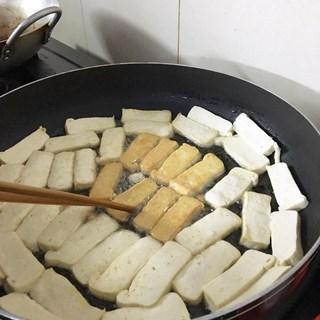 Cách nấumón cá kèo chay kho dưa cải 1