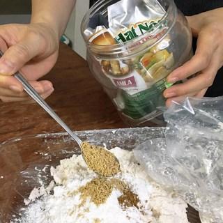 Cách làm mónnem chạo chay cuốn sả 2